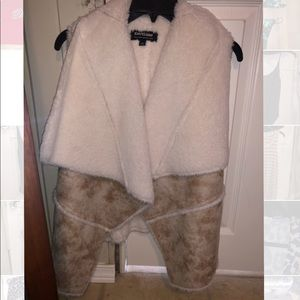 Sherpa cardigan vest